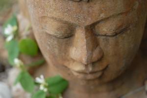 listening buddha